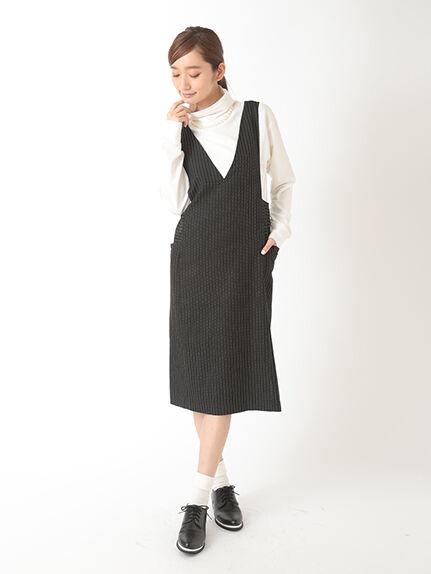 ・Vネックタイトジャンパーミディアムスカート