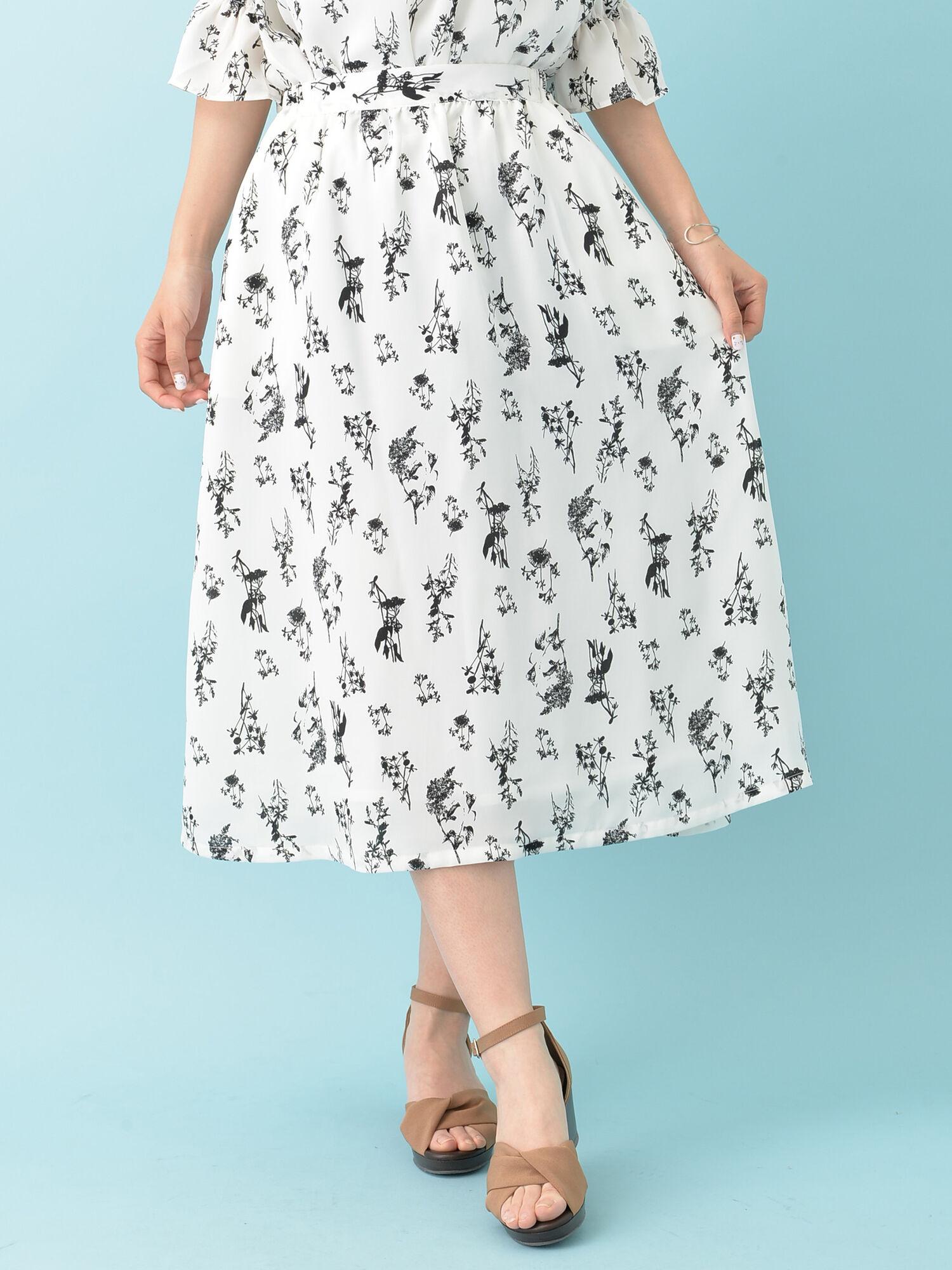 ・m花柄ミディ丈スカート